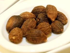 Làm sao để kiểm soát gia vị ngoại lai vào món ăn Việt?