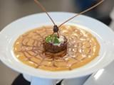 Miss thìa vàng Phú Quốc: sim và nấm tràm
