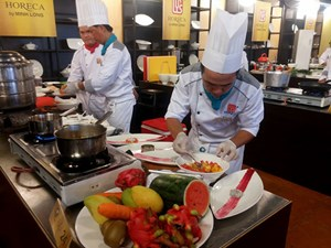 120 đầu bếp tranh tài sơ kết Chiếc thìa vàng 2015 khu vực TPHCM và Đông Nam bộ