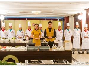 30 đầu bếp Tây Bắc tham gia cuộc thi Chiếc Thìa Vàng năm 2015