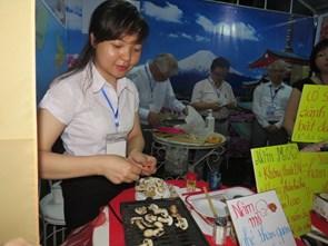 Hơn 100.000 lượt du khách tham dự Liên hoan ẩm thực quốc tế Huế 2016