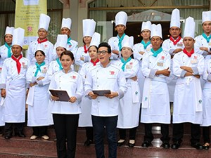 23 teams contest the preliminary round of Golden Spoon 2015 in the Mekong Delta region.