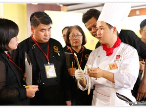 Even in defeat Chef Duc Hoang and his team achieve success by promoting local dish