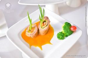 Bò cuộn thưng nước dừa Tam Quan