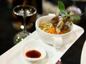 Những gia vị có tác dụng làm thuốc trong món ăn Việt