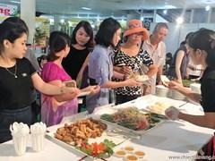 Rộn ràng ẩm thực Chiếc Thìa Vàng tại Hội chợ HVNCLC Hà Nội