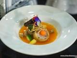 Sài Gòn nấu ăn với… lá