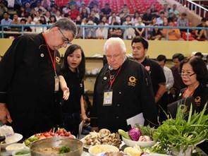 Chiếc Thìa Vàng và khát vọng nâng ẩm thực Việt lên tầm thế giới