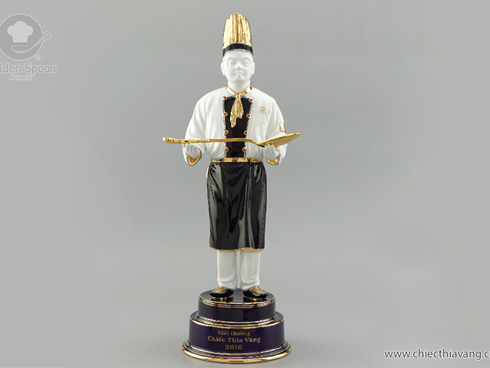 The Making Of The Golden Spoon Awards Trophy