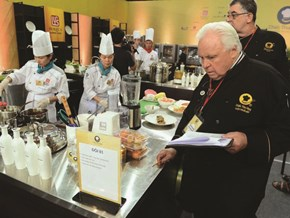 """The Imprint of Vietnamese Cuisine on """"Chef of The Century"""""""