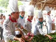 Chung kết Chiếc Thìa Vàng 2016: Phần thi nấu món