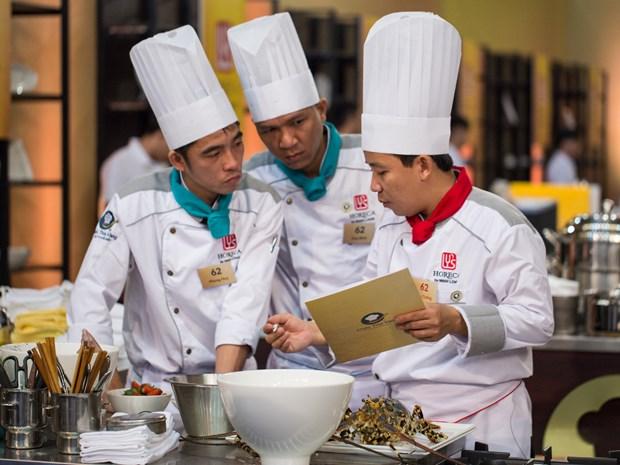 Tình đồng đội của đầu bếp Chiếc Thìa Vàng