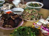 Raw fish salad: VIP dish by Vietnam's Thai people
