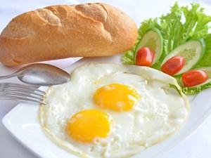 Bữa sáng ở Hà Nội và TP.HCM thuộc hàng đắt đỏ nhất thế giới