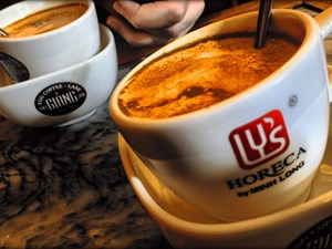 Your Latte Is Too Boring? Try This Amazing Hanoi Egg Coffee Now