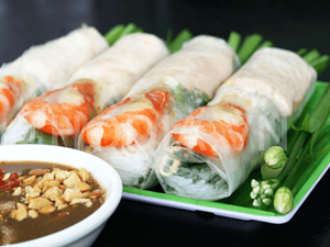Taste Specialties of Central Vietnam Right in Hanoi