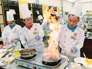 Chiếc Thìa Vàng muốn góp phần quảng bá ẩm thực Việt Nam