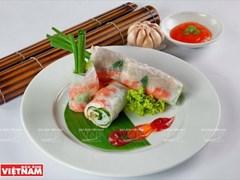 Gỏi cuốn Sài Gòn: Từ nhà hàng sang trọng đến gánh hàng rong