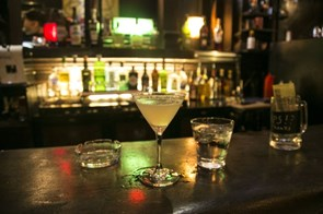 The Social Guide to Drinking in Hanoi