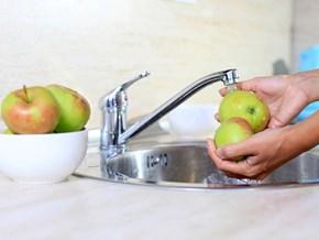 Cách gọt rửa trái cây không mất chất dinh dưỡng