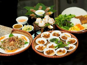Vietnam's Street Food Popular Items Now Being Served at Chain Restaurants