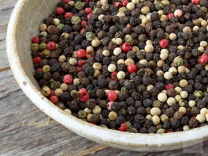 6 Types of Peppercorns Worth Knowing