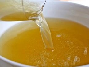 Bí quyết nấu Pot au Feu (kì 1): Cách hầm nước dùng ngon