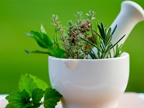 10 Spices and Herbs That Heal