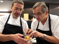 Đầu bếp nổi tiếng Pháp trả sao Michelin vì quá áp lực