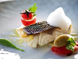 5 Michelin-Starred Chefs Cook Fish