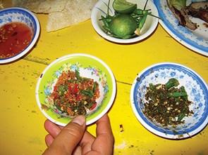 Đắng thơm vị muối teng neng kiến vàng