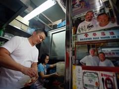 Ẩm thực đường phố Singapore trước nguy cơ thất truyền