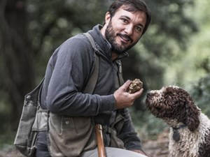 Truffle Hunting in Tuscany, a Gourmet Experience