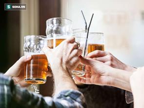 Uống một cốc bia mỗi ngày làm tăng nguy cơ mắc ung thư