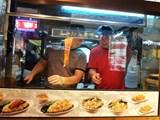 Dung nạp ẩm thực đường phố vào văn hóa đô thị