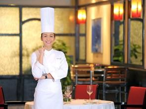 Chuỗi khách sạn Hilton tại Việt Nam có nữ Bếp trưởng đầu tiên