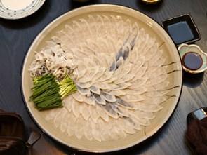 Hành trình gian nan để được phép chế biến cá nóc của các bếp trưởng Nhật Bản