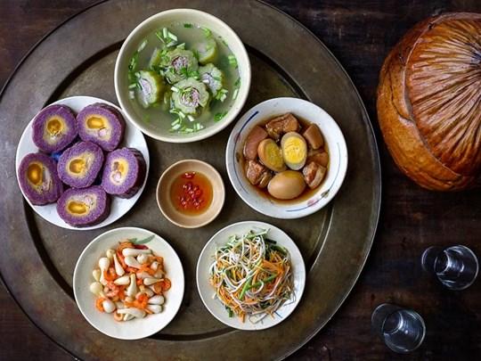 Cái ăn ngày Tết ở Sài Gòn