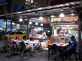 Malaysia cấm đầu bếp ngoại: Chủ nhà hàng rối bời