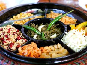 Salad lá trà – món ăn chỉ có ở Myanmar