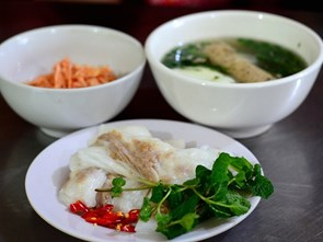 Hot Steamed Rice Rolls, A Must Try in Cao Bằng