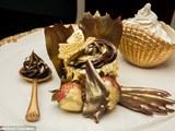 Bánh dát vàng, lạc đà nhồichỉ có ở UAE