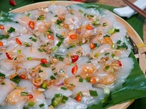 Steamed Dumplings Show Việt Nam's History