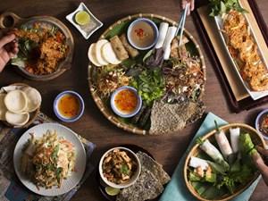 Ẩm thực Việt ở xứ Bạch Dương